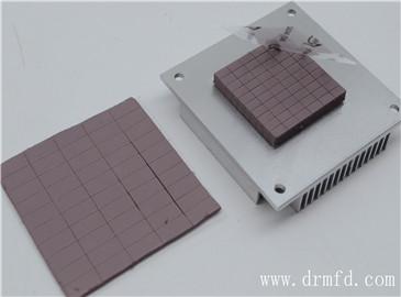 如何选择一款好的导热硅胶片以及怎样去理解其性能呢?